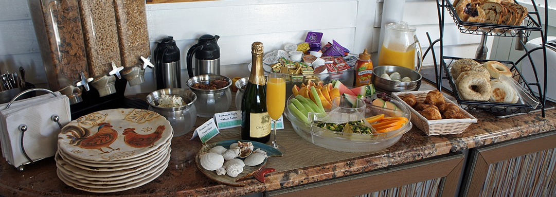 Key West Bed and Breakfast dining Amenities