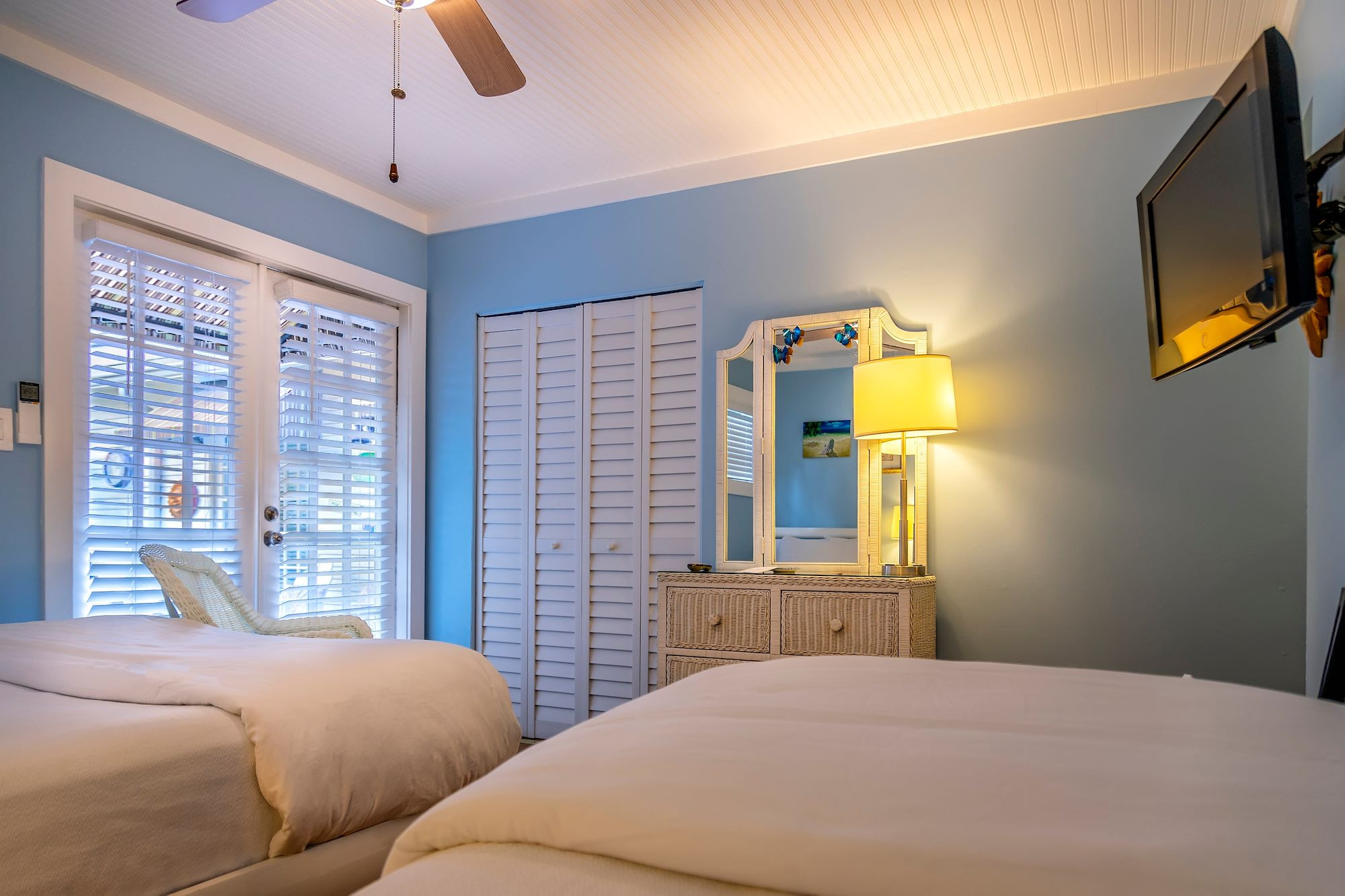 Our Poolside Queen Guest Room with Twin Bed in Key West